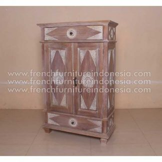 MCB 009 SOUTHEST JAVA CABINET WHITE WASH