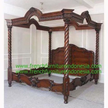 IBD 018 GRAND BAROQUE BED